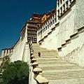 布達拉宮前道石梯