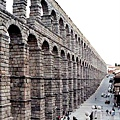 Roman Aqueduct 古羅東水道橋