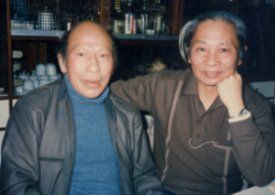 李榮春(左)與鍾肇政合影。 李鏡明/提供