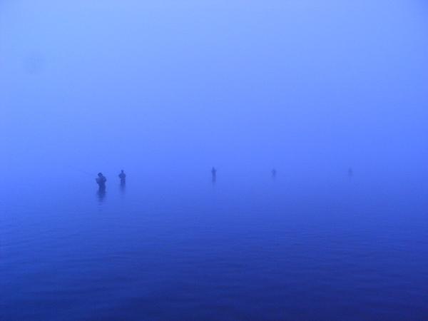 這裏是北海道中心深處,唐松林道的盡頭,「摩利莫」的家鄉,摩利地與賽多娜的精魂永遠棲息的地方。(摘自 林文月「阿寒湖行」)