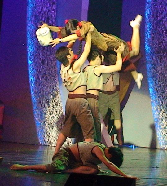 獲獎舞蹈「香雲紗」