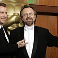 Jan A.P. Kaczmarek 與John Travolta.