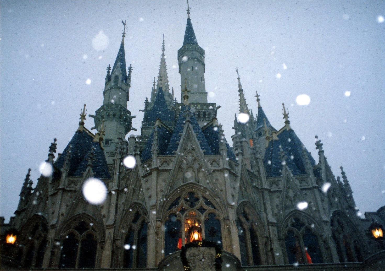 雪中的東京迪斯耐樂園(1991)