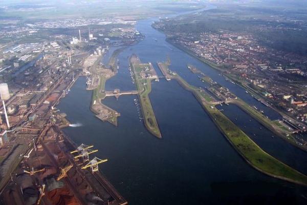 Noordzeekanaal.jpg