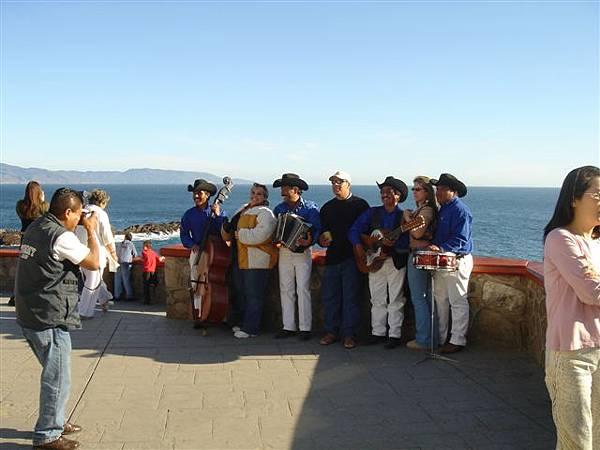墨西哥樂隊 (Mariachi)