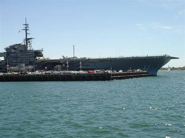 中途島號 CVB-41 Midway