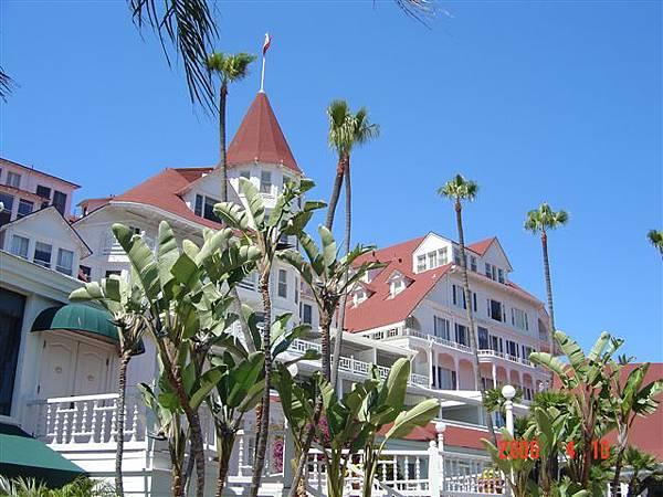 古堡飯店 2
