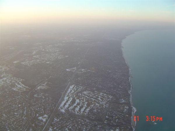 湖的西邊.jpg