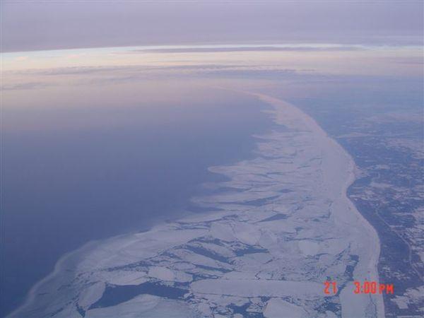 湖的東邊.jpg