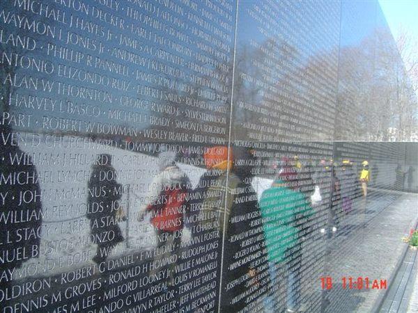 越戰紀念碑1.jpg