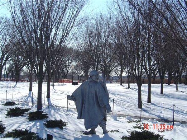 韓戰紀念碑1.jpg
