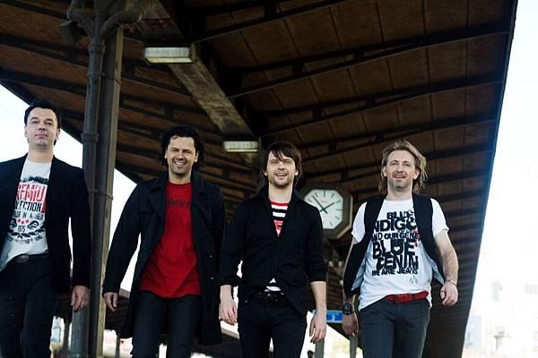 )5 Regina Band.JPG