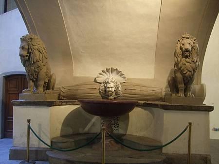 維奇歐宮走廊的噴泉