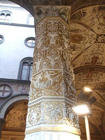 華麗的柱子
