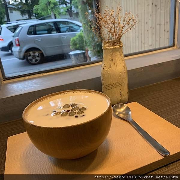 幸福食光手作甜湯 鮮奶