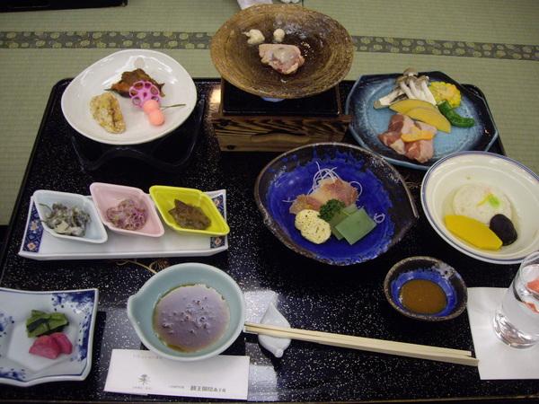 滑雪要體力所以要吃豪華日本料理