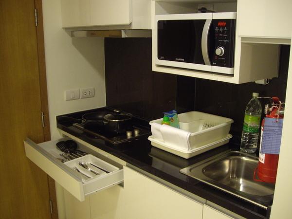 Canitades房間內的小廚房.JPG