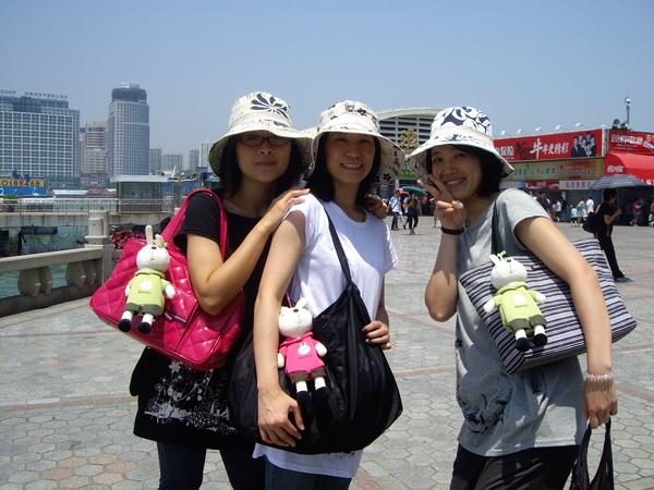 三個村姑.JPG