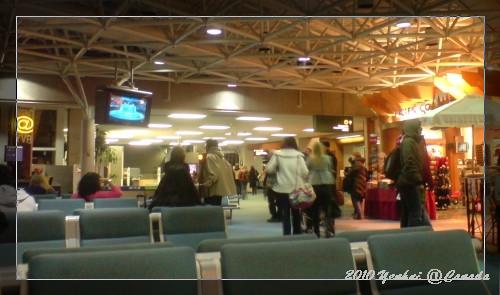 YVR機場內-正在轉播冬奧開募