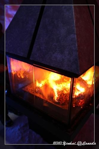 ICE HOTEL-有火爐的房