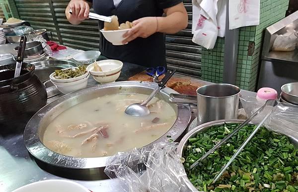 劉家豬血湯 (5).jpg