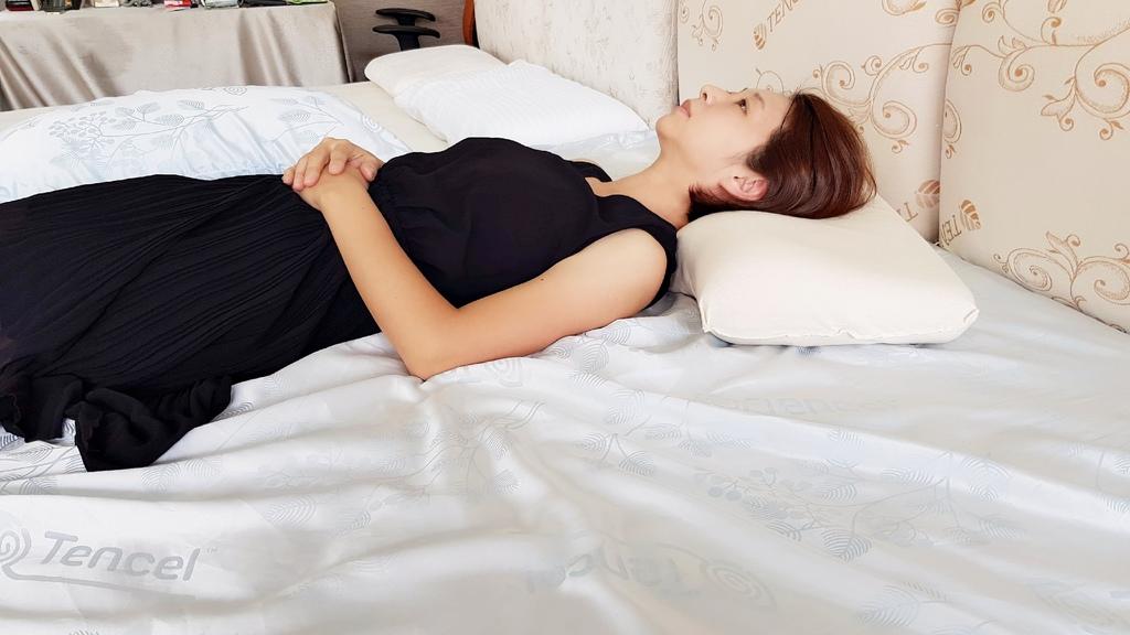 枕頭 (2).jpg
