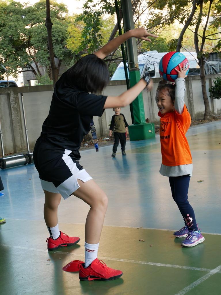 暴龍幼兒籃球運動訓練營 (16).JPG