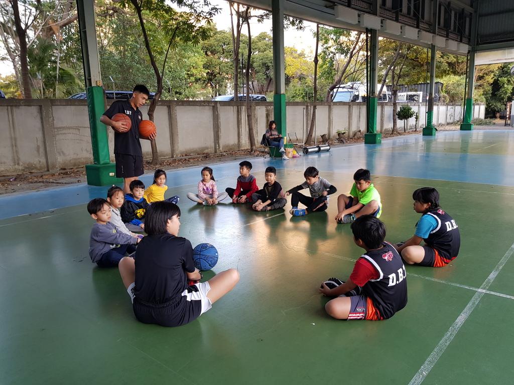 暴龍幼兒籃球運動訓練營 (24).jpg
