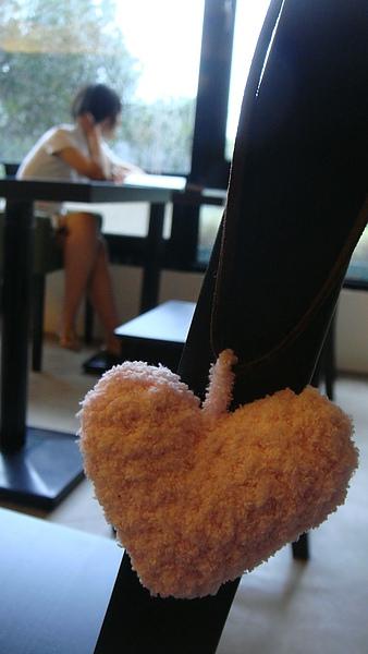 粉紅愛心項鍊