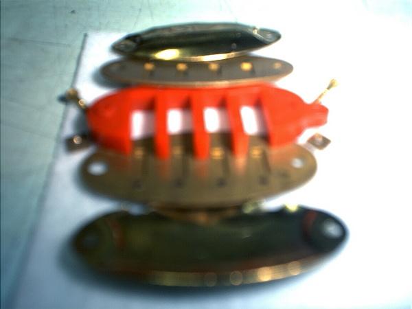 魚型項鍊口琴拆開狀-04