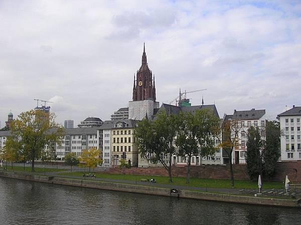 法蘭克福 10 美茵河畔