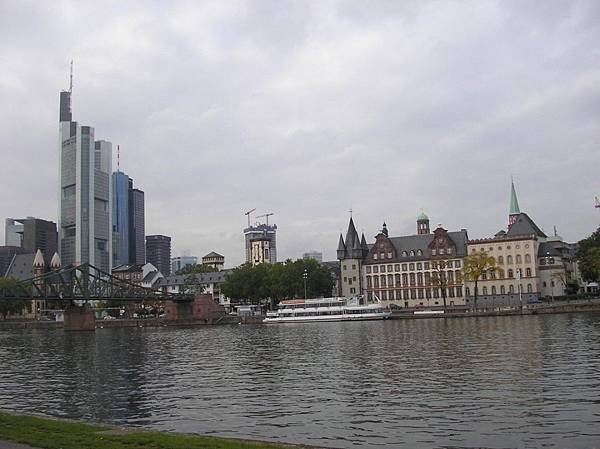 法蘭克福 12 美茵河畔