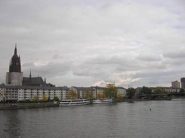 法蘭克福 13 美茵河畔