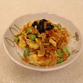 紅蘿蔔炒洋蔥蛋粥