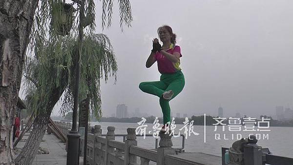 濟南-6-2(濟南女俠).jpg