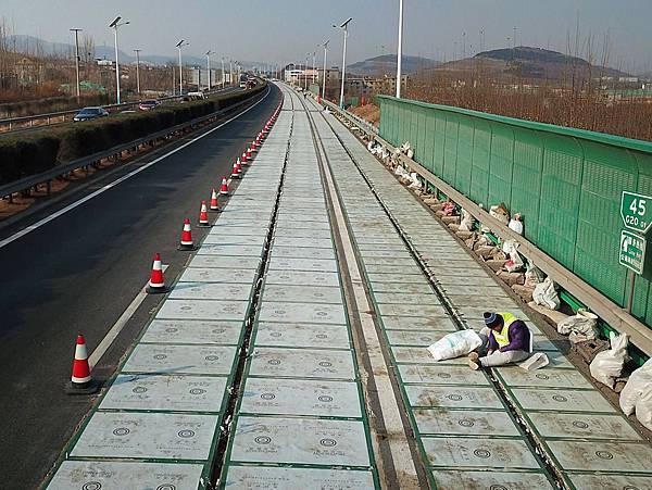 濟南-11(太陽能公路 ).jpg