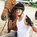 為拍三國練騎馬