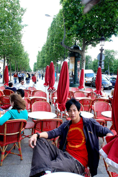 何潤東巴黎香榭大道1