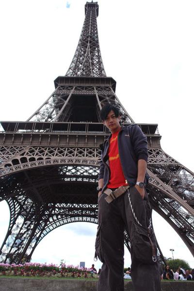 何潤東巴黎鐵塔1