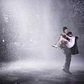 冒雨抱女主角2
