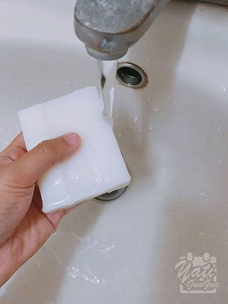 dalli純植物油親膚抗敏洗衣皂-3.jpg