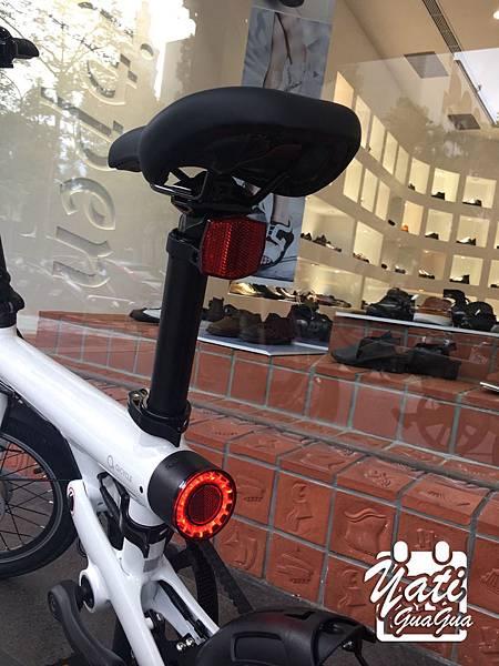 米騎生活騎記電助力折疊自行車國際版-17.jpg