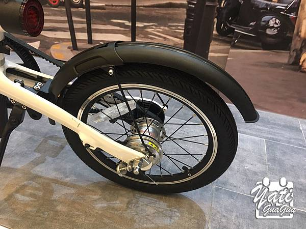 米騎生活騎記電助力折疊自行車國際版-27.jpg