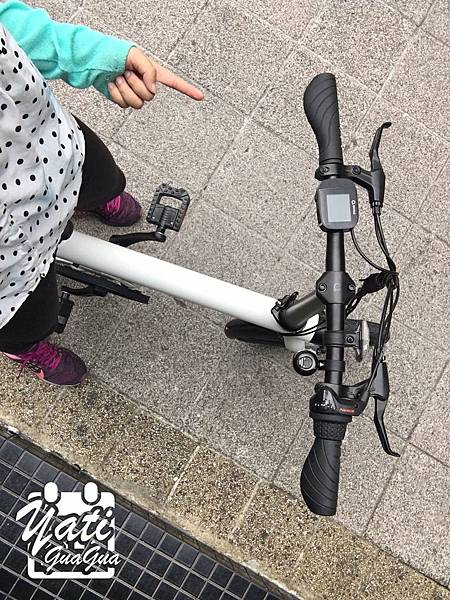 米騎生活騎記電助力折疊自行車國際版-32.jpg