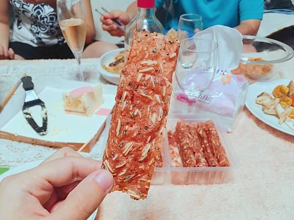 新東陽肉乾50週年限量大嘴包-13.jpg