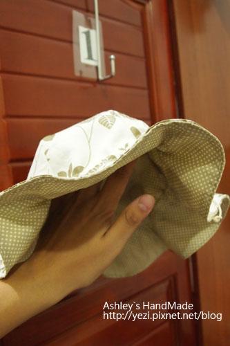 葉子圖騰帽