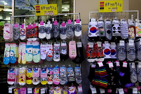 不可思議的辛拉麵短襪