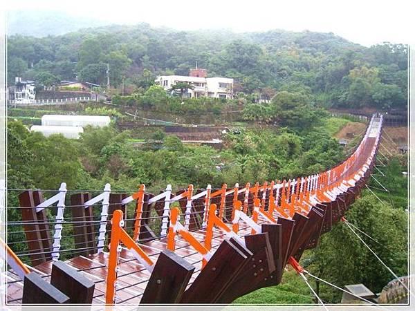 雨天的白石湖吊橋_053