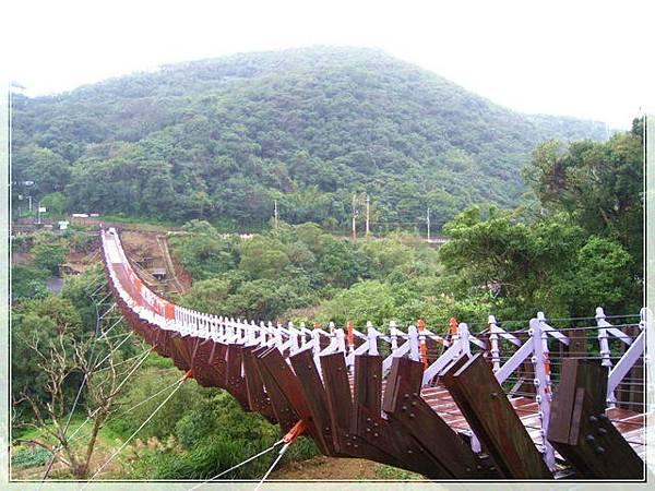 雨天的白石湖吊橋_007