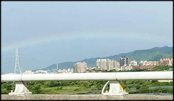 早晨的彩虹_005.jpg